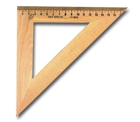 Треугольник дер 45*180мм УЧД C15